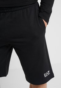 EA7 Emporio Armani - Trainingsbroek - black - 4