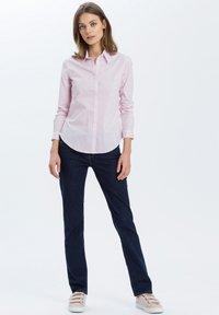 Cross Jeans - ROSE - Straight leg jeans - dark-blue - 1