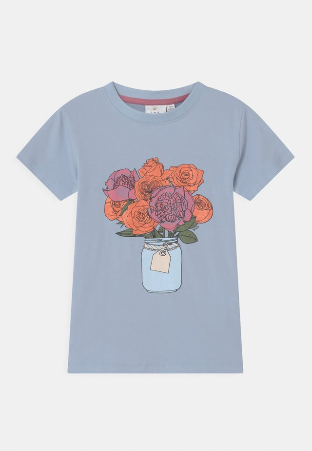 TORI - Print T-shirt - brunnera blue