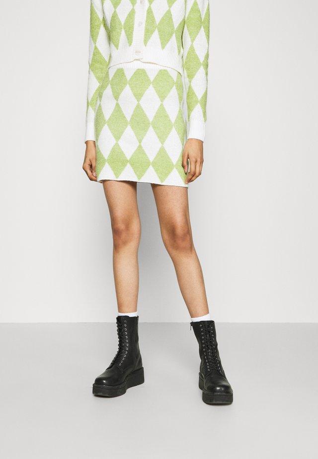 INSTARSIA SKIRT - Mini skirt - green/off white