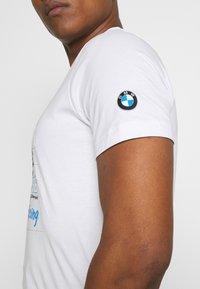 Puma - BMW VINTAGE TEE - Print T-shirt - white - 3