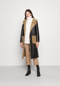 STUDIO ID - KATHERINE CONTRAST POCKET COAT  - Leather jacket - black/cream - 1