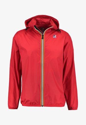 LE VRAI CLAUDE UNISEX - Waterproof jacket - red