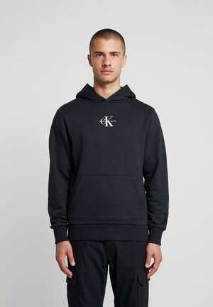 CHEST MONOGRAM HOODIE - Bluza z kapturem - black