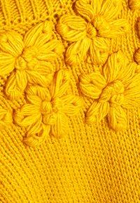 Six Ames - LEANA - Maglione - yellow - 2