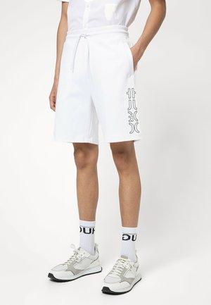 DOOLIO - Shorts - white