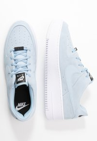 Nike Sportswear - AIR FORCE 1 SAGE - Sneakers laag - light armory blue/blue/white - 1