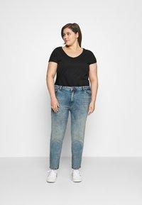 ONLY Carmakoma - CARENEDA MOM - Straight leg jeans - light blue denim - 1