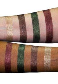 LH cosmetics - METALLIC MYSTERIES II PALETTE - Eyeshadow palette - multi-coloured - 1
