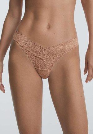 Thong - nude