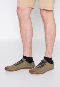 Merrell - VAPOR GLOVE LUNA - Minimalist running shoes - dusty olive - 0