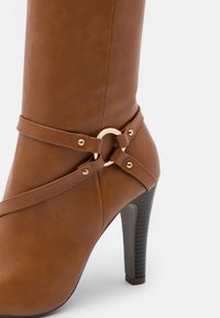 Wallis - PARNESS - Boots - cognac - 5