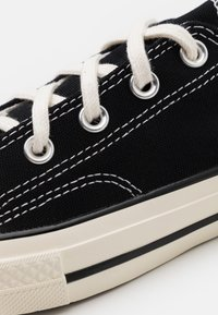 Converse - CTAS 70S UNISEX - Baskets basses - black - 5