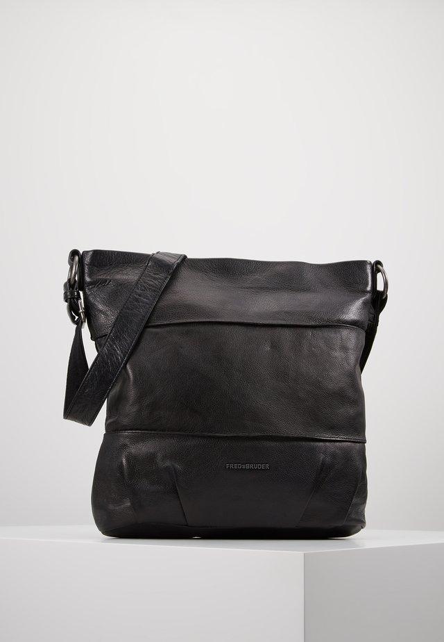 OH CROWNY - Across body bag - black