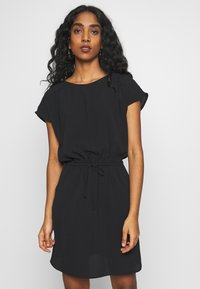 Vero Moda - VMSASHA BALI SHORT DRESS NOOS - Freizeitkleid - black - 0