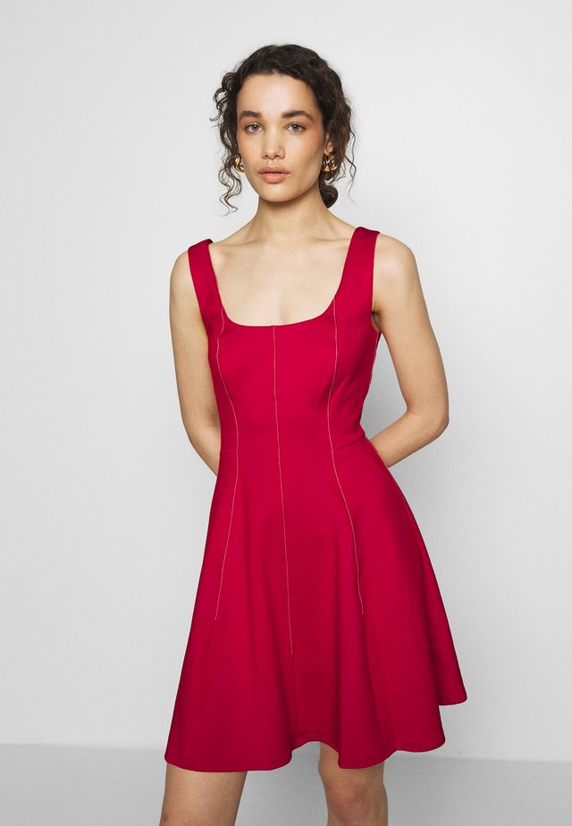 LOHANNA - Jersey dress - red