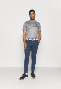 adidas Golf - PRIMEBLUE JOGGER - Pantalones - navy/white - 1