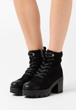 SABA - Kotníková obuv - black