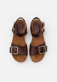 Pavement - MILA - Sandály na klínu - brown - 5