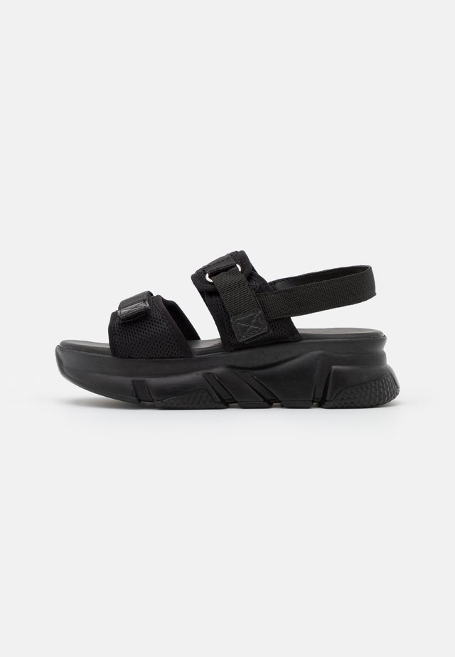 SIYAH - Sandalen met plateauzool - black