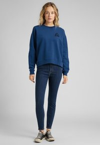 Lee - CREW - Sweatshirt - washed blue - 1