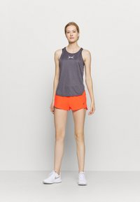 ASICS - ROAD SHORT - Pantaloncini sportivi - flash coral - 1