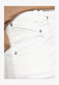 s.Oliver - Denim shorts - white - 4