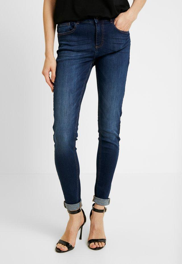LOLA LUNI  - Jeans Skinny Fit - dark ink
