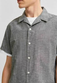 Selected Homme - SLHREGNEW  - Shirt - black olive - 3