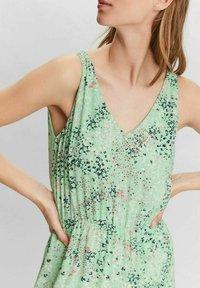 Vero Moda - HANNAH - Maxi dress - jade cream - 3