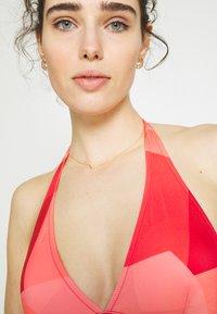 Sloggi - WOMEN SHORE KIRITIMATI TRIAN - Haut de bikini - red light combination - 3