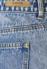 b.young - BYKATO BYBCKISHA - Denim shorts - ligth blue denim - 2