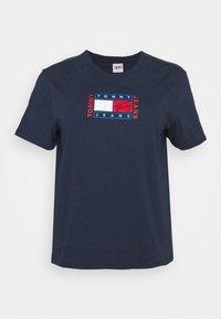 Tommy Jeans Curve - TIMELESS FLAG TEE - T-shirt z nadrukiem - twilight navy - 3
