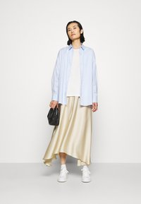 ARKET - MAXI SKIRT - A-lijn rok - beige dusty light - 1