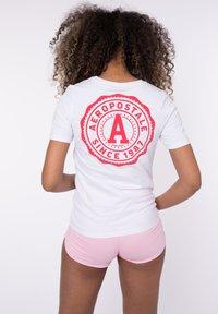 AÉROPOSTALE - Print T-shirt - white - 1