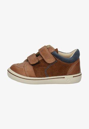 Touch-strap shoes - hazel/kastanie