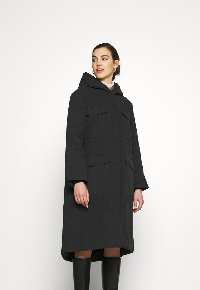 Selected Femme - SLFLORY QUILTED COAT - Classic coat - black