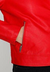 Even&Odd - Imitatieleren jas - red - 5