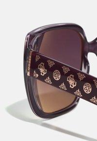 Guess - Solglasögon - shiny violet / gradient or mirror violet - 3