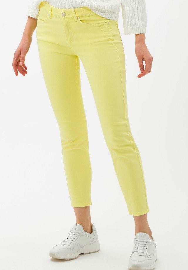 STYLE ANA S - Jeans Skinny Fit - lemonade