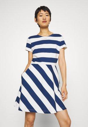 ROBE - Jersey dress - medieval/marshmallow