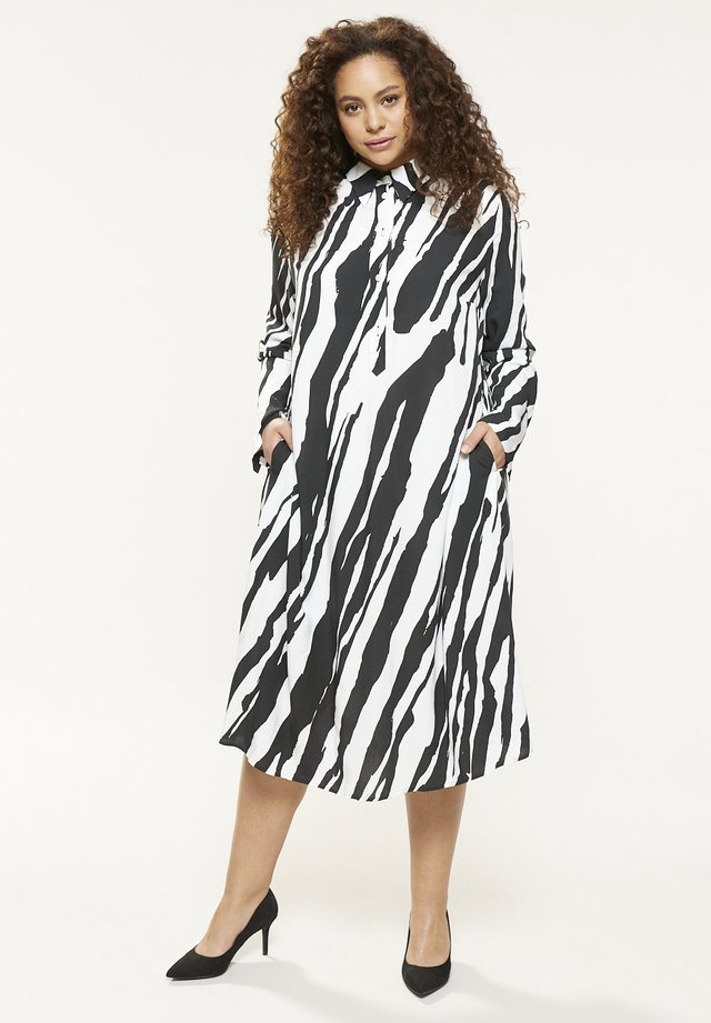 NAKAI - Shirt dress - black
