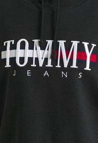 Tommy Jeans - RELAXED CROP LOGO HOODIE - Sweatshirt - black - 6