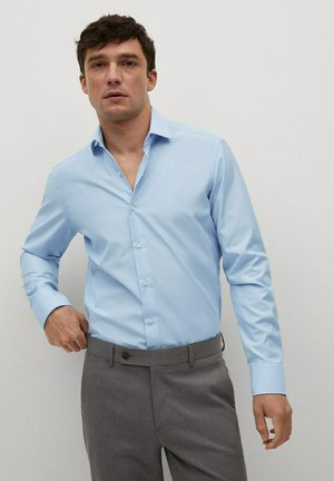 EMERITOL SLIM FIT  - Formal shirt - himmelblau