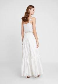 IVY & OAK BRIDAL - VOLANT SKIRT - Maxi skirt - snow white - 2