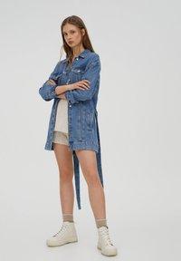 PULL&BEAR - Veste en jean - blue - 3