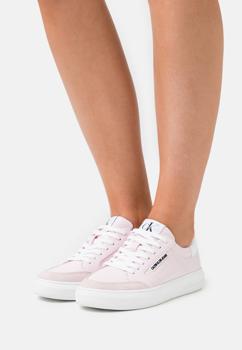 Calvin Klein Jeans - CUPSOLE LACEUP - Tenisky - pearly pink
