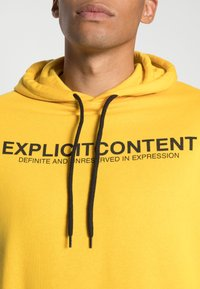 Pier One - Hoodie - yellow - 4