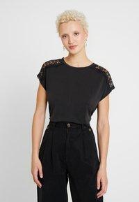 ONLY Tall - ONLFFREE - T-shirts - black - 0