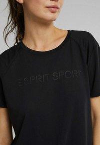 Esprit Sports - MIT LOGO-PRINT - Print T-shirt - black - 3